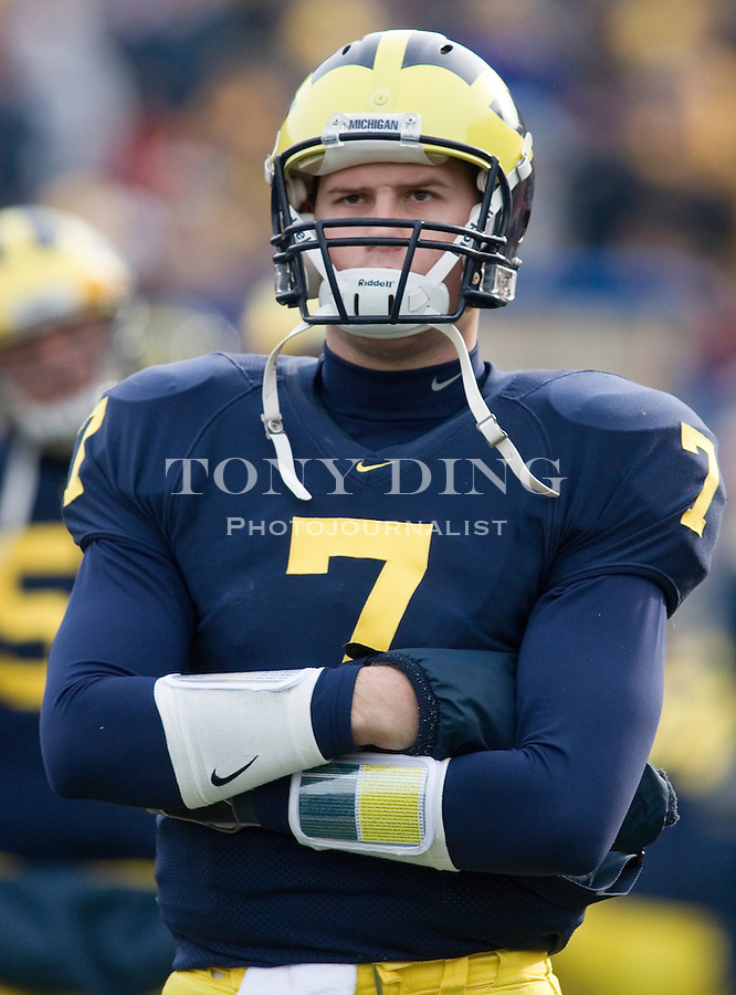 4 November 2006: Michigan quarterback Chad Henne (7) during No. 2 Michigan's 34-26 win over MAC opponent Ball State at Michigan Stadium in Ann Arbor, MI. This was the two school's first meeting on the football field and Michigan's last home game of the season. The Wolverines go on the road at Indiana next week and finish in Columbus to face the No. 1 Ohio State Buckeyes.
