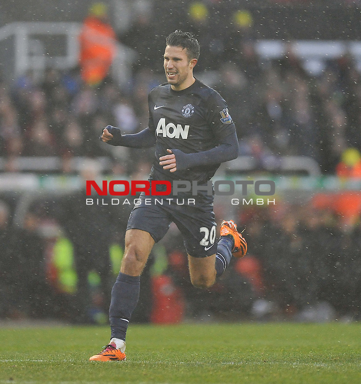 Manchester United's Robin van Persie -  01/02/2014 - SPORT - FOOTBALL - Britannia Stadium - Stoke-On-Trent - Stoke v Manchester United - Barclays Premier League<br /> Foto nph / Meredith<br /> <br /> ***** OUT OF UK *****