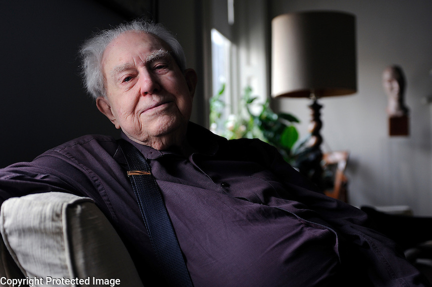 USA. New York. 21st October 2008..Elliott Carter in the apartment in Manhattan where he has lived since 1945..©Andrew Testa