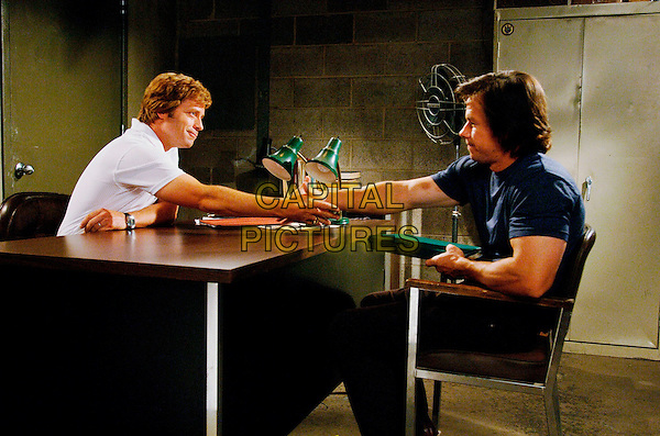 GREG KINNEAR & MARK WAHLBERG.in Invincible.Filmstill - Editorial Use Only.CAP/AWFF.www.capitalpictures.com.sales@capitalpictures.com.Supplied By Capital Pictures.