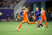Orlando, Florida - Saturday, April 23, 2016: Houston Dash forward Rachel Daly (3) prepares to pass during an NWSL match between Orlando Pride and Houston Dash at the Orlando Citrus Bowl.