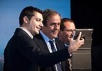Il Presidente UEFA Michel Platini si fa fotografare durante la cerimonia di consegna del Trofeo dell'Europa League a Palazzo Madama di Torino  Europa League Trophy Handover   Torino 16/04/2014   Football Calcio   Foto Giorgio Perottino / Insidefoto