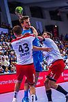 DIPPE, Kai (#43 DIE EULEN LUDWIGSHAFEN) \SCHMIDT, David (#77 TVB 1898 Stuttgart) \DIETRICH, Gunnar (#08 DIE EULEN LUDWIGSHAFEN) \ beim Spiel in der Handball Bundesliga, TVB 1898 Stuttgart - Die Eulen Ludwigshafen.<br /> <br /> Foto &copy; PIX-Sportfotos *** Foto ist honorarpflichtig! *** Auf Anfrage in hoeherer Qualitaet/Aufloesung. Belegexemplar erbeten. Veroeffentlichung ausschliesslich fuer journalistisch-publizistische Zwecke. For editorial use only.