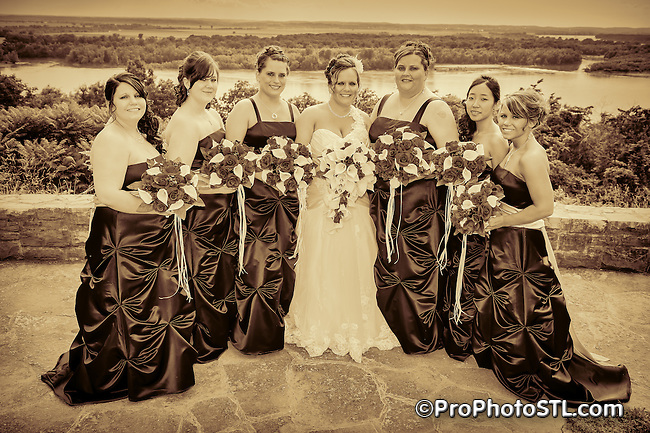 A&J wedding - posed monochromatic photos