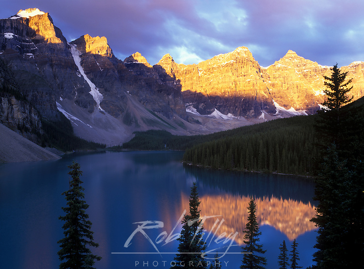 Moraine Lake at First Light, Banff NP, Alberta, Canada