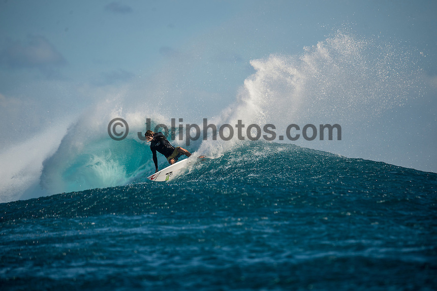 Namotu Island Resort, Namotu, Fiji. (Wednesday May 28, 2014) Owen Wright (AUS) at Cloudbreak. –  The Fiji Women's Pro, Stop No. 5 of 10 on the 2014  Women's World Championship Tour (WCT) was called on today  at Resturants  bemusing of a rising swell at Cloudbreak. 4'-6' south swell.  A  free surf session went down at Cloudbreak with some amazing barrels with the swell pushing 8'-10'.hoto: joliphotos.com