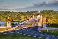 Memorial Bridge towards Arlington Cemetery