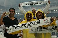 SÃO PAULO, SP, 06.12.2015 - CORINTHIANS-AVAI -  Torcida do Corinthians ao técnico Tite antes da  partida contra o Avaí em jogo válido pela 38ª rodada do Campeonato Brasileiro 2015 na Arena Corinthians, em Itaquera, zona leste de São Paulo, neste domingo, 06. (Foto: Adriana Spaca/Brazil Photo Press)