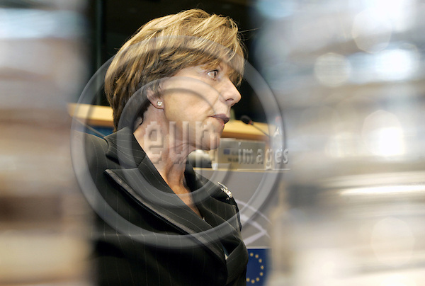 BRUSSELS - BELGIUM - 28 SEPTEMBER 2004 -- The EU-Parliament Hearing of EU-Commissioner Designate Neelie KROES (Netherl.) responsible for Competition.-- PHOTO: JUHA ROININEN / EUP-IMAGES