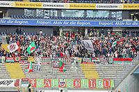 Fans des FC Augsburg - 16.09.2017: Eintracht Frankfurt vs. FC Augsburg, Commerzbank Arena