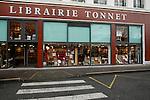 20080109 - France - Aquitaine - Pau<br /> UN DES LIEUX FETICHES DE BAYROU A PAU : LA LIBRAIRIE TONNET.<br /> Ref : LIBRAIRIE_TONNET_004.jpg - © Philippe Noisette.