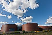 Europe/France/Midi-Pyrénées/12/Aveyron/Le Fel: Poterie du Fel, Don du Fel, site spectaculaire créé en 2007 pour promouvoir la céramique contemporaine européenne - La Galerie du Don une galerie d'art céramique internationale.