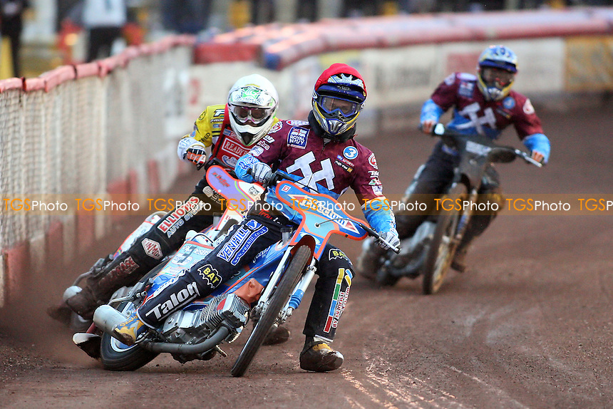 Heat 3: D. Davidsson (red), Schlein (white) and J. Davidsson - Lakeside Hammers vs Peterborough Panthers - Sky Sports Elite League Speedway at Arena Essex Raceway, Purfleet - 28/05/10 - MANDATORY CREDIT: Gavin Ellis/TGSPHOTO - Self billing applies where appropriate - Tel: 0845 094 6026