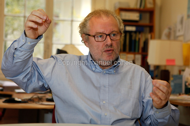 "Michel Blay, philosopher and historian of science at CNRS (Centre National de la Recherche Scientifique), specialist in Physics of the Classical Age, pictured at his residence on October 30, 2009 in Paris, France. Author, notably with Efthymios Nicolaidis of ""L'Europe des sciences. Constitution d'un espace scientifique"" (""The Europe of Sciences. The Establishment of a Scientific Space"", Le Seuil, 2001). Director with Robert Hailleux of ""Le Dictionnaire critique de la science classique XVe - XVIIIe siècle"" (""The Critical Dictionary of Classical Science in the 15th-18th centuries"", Flammarion, 1998). Picture by Manuel Cohen"