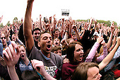 June 20, 2004: CROWDS @ Red Hot Chili Pepeprs concert in Hyde Park London