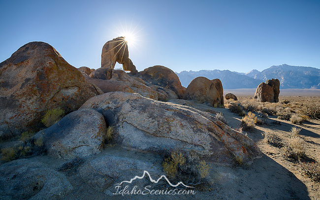 California, east central, Lone Pine. A rock arch in the Alabama Hills recreation area.