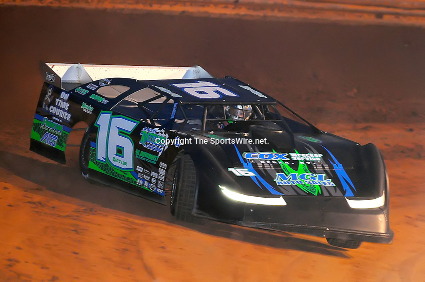 Jan 28, 2010; 6:17:11 PM; Waynesville, GA., USA; The Southern All Stars Racing Series running The Super Bowl of Racing VI at Golden Isles Speedway.  Mandatory Credit: (thesportswire.net)