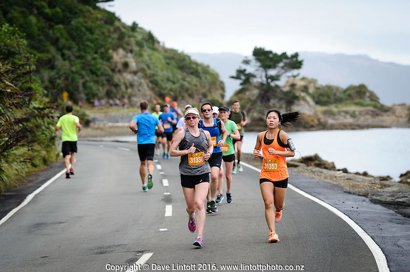 The 2016 Cigna Achilles Round The Bays half marathon, Bluebridge 10km and Fun Run & Walk. From Frank Kitts Park to Kilbirnie Park in Wellington, New Zealand on Sunday, 21 February 2016. Photo: Mark Tantrum / lintottphoto.co.nz. http://marktantrum.com
