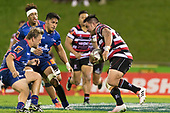 Joseph Royal charges towards the Tasman defenders. Mitre 10 Cup game between Counties Manukau Steelers and Tasman Mako's, played at ECOLight Stadium Pukekohe on Saturday October 14th 2017. Counties Manukau won the game 52 - 30 after trailing 22 - 19 at halftime. <br /> Photo by Richard Spranger.