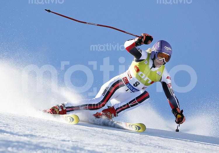 Ski Alpin Weltcup  Saisonauftakt in Soelden , AUT Riesenslalom Damen 27.10.07 JACQUEMOD, Ingrid  (FRA)