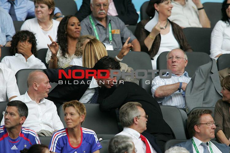 FIFA WM 2006 - Final / Finale<br /> <br /> Play #64 (09-Jul) - Italy vs France.<br /> <br /> Lothar Matt&permil;us. Babs Becker mit Sohn Noah , Uwe Seeler auf der Tribuene<br /> <br /> Feature<br /> <br /> <br /> Foto &copy; nordphoto