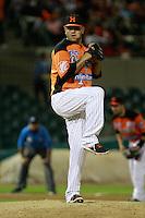 Marco Zavala Pitcher relevo por naranjeros ,durante el tercer juego de la serie de el partido Naranjeros de Hermosillo vs venados de Mazatlan Sonora en el Estadio Sonora. 10 noviembre 2013.Liga Mexicana del Pacifico (MLP)
