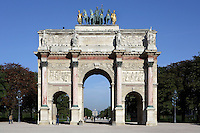 Arc de Triomphe du Carrousel, built 1806-08, by Charles Percier (1764-1838) & Pierre Fontaine (1762-1853), reduced scale copy of the Arch of Septimus Severus in Rome; commemorates victories of Napoleon in 1805; surmounted by figures of Soldiers of the Empire and a bronze chariot group in 1828, created by François Joseph Bosio (1768-1845) & representing the Restoration of the Bourbons, Paris, France Picture by Manuel Cohen