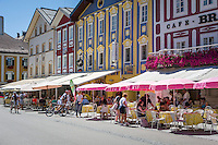 Austria, Upper Austria, Salzkammergut, Mondsee: place and lake of the same name, Restaurants and Cafes at centre, pedestrian area | Oesterreich, Oberoesterreich, Salzkammergut, Mondsee: Ort und gleichnamiger See im Salzkammergut, Restaurants und Cafes im Ortszentrum, Fussgaengerzone