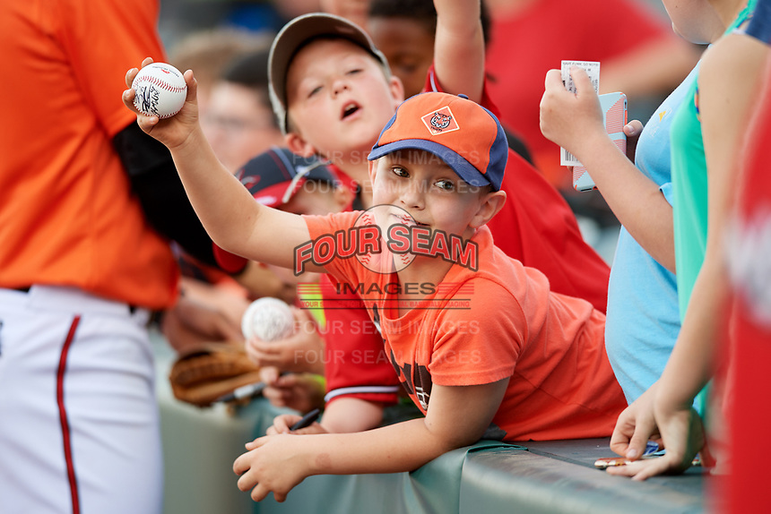 Young fans seeking autographs at a Richmond Flying Squirrels game against the Trenton Thunder on May 11, 2018 at The Diamond in Richmond, Virginia.  Richmond defeated Trenton 6-1.  (Mike Janes/Four Seam Images)