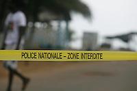 aprËs l'attaque des djihadistes sur la plage de Grand Bassam, la plage est fermer