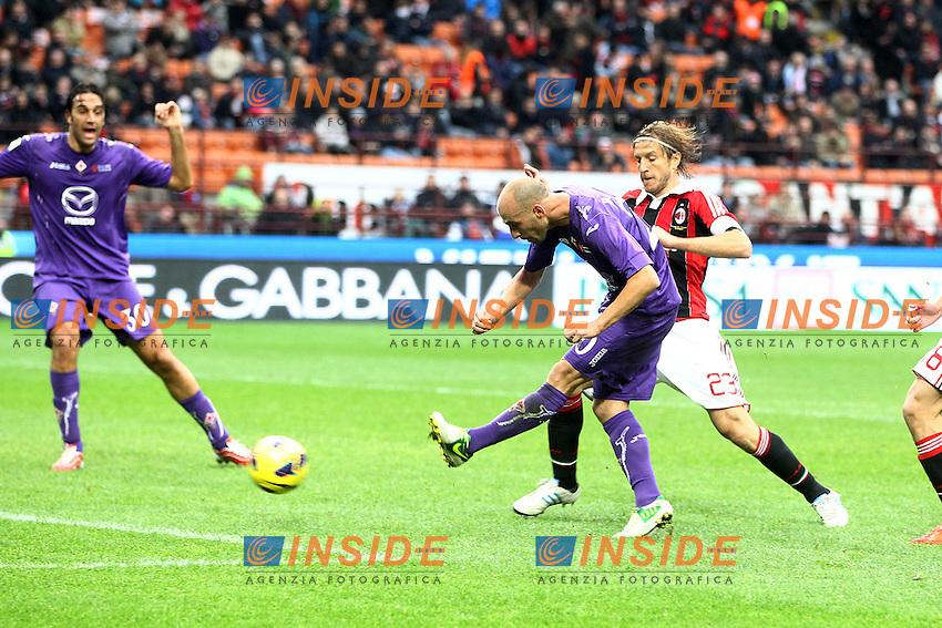"Gol Borja Valero Fiorentina.Goal celebration.Milano 10/11/2012 Stadio ""San Siro"".Football Calcio Serie A 2012/13.Milan v Fiorentina.Foto Insidefoto Paolo Nucci."