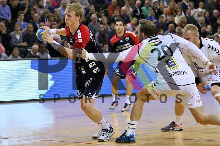 Flensburg, 05.04.2015, Sport, Handball, DKB Handball Bundesliga, Saison 2014/2015, GWD Minden - SG Flensburg-Handewitt : Anders Zachariassen (SG Flensburg-Handewitt, #22)<br /> <br /> Foto &copy; P-I-X.org *** Foto ist honorarpflichtig! *** Auf Anfrage in hoeherer Qualitaet/Aufloesung. Belegexemplar erbeten. Veroeffentlichung ausschliesslich fuer journalistisch-publizistische Zwecke. For editorial use only.