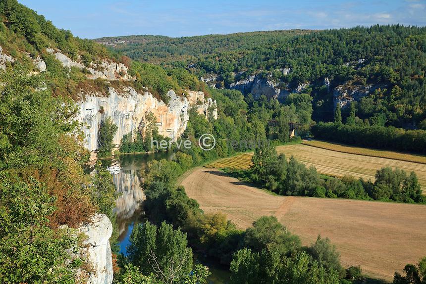 France, Lot (46), vallée du Lot près de Saint-Cirq-Lapopie // France, Lot, Lot valley near Saint-Cirq-Lapopie