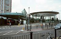 London:  Jubilee Line, Canada Water Station. Eva Jiricha Architects.  Photo 2005.