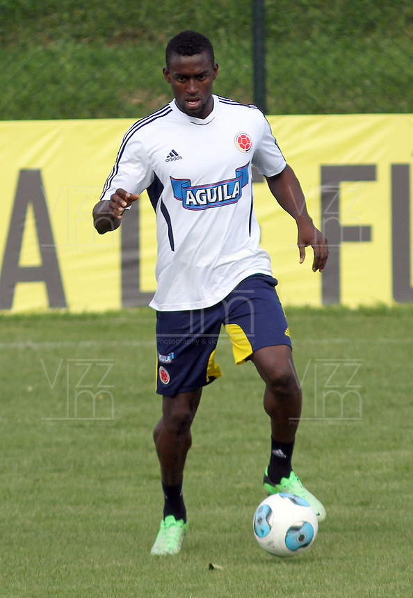 BOGOTA - COLOMBIA--24-05 -2013 : Jackson Martínez  durante el  entrenamiento de la selección Colombia de fútbol de mayores en el estadio El Campincito antes de su encuentro con la selección de Argentina en Buenos Aires . (Foto: VizzorImage / .  Jackson Martínez . Training Colombia soccer team over at El Campincito before his encounter with the selection of Argentina in Buenos Aires....VizzorImage / Felipe Caicedo / Staff