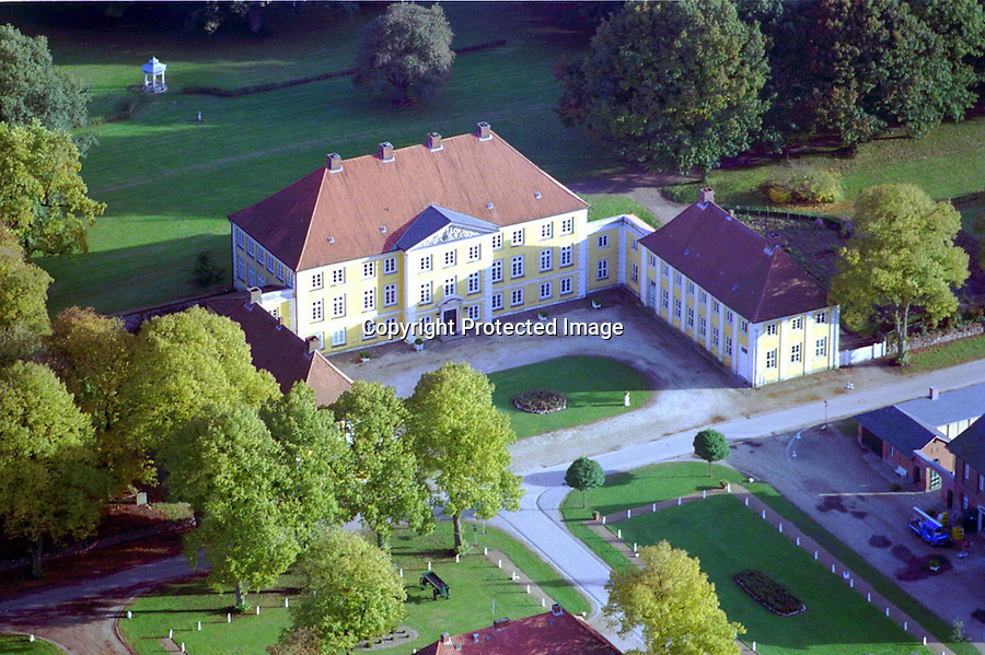 Deutschland, Schleswig- Holstein, Wotersen, TV- Serie Schloß Guldenburg..c Aufwind.Holger Weitzel.Gertrud- Bäumer- Stieg 102.21035 Hamburg.0171 6866069