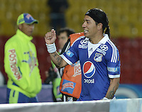 BOGOTÁ -COLOMBIA, 02-10-2013. Dayro Moreno (I) de Millonarios celebra un gol en contra del Quindio durante partido válido por la fecha 13 de la Liga Postobón 2013-1 jugado en el estadio el Campín de la ciudad de Bogotá./ Dayro Moreno (L) of Millonarios celebrates a goal  against Quindio during match valid for the 13th date of the Postobon League II 2013 played at El Campin stadium in Bogotá city. Photo: VizzorImage/Gabriel Aponte/STR