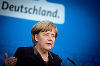 Bundeskanzlerin Angela Merkel (CDU) stellt am Sonntag (15.12.13) in Berlin die neuen Minister der Union vor.<br /> Foto: Axel Schmidt/CommonLens