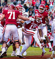 Mississippi State Bulldogs vs Arkansas Razorback - Arkansas  Freshman K.J. Jefferson (13) <br />