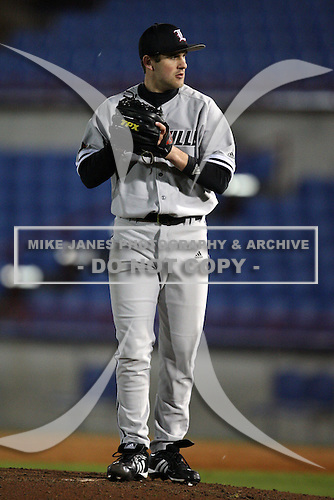 February 26, 2010:  Pitcher Neil Holland (9) of the Louisville Cardinals during a game at Dunedin Stadium in Dunedin, FL.  Photo By Mike Janes/Four Seam Images