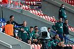 Aufregung bei den Bremer Ersatzspielern,<br /> <br /> GER, FC Heidenheim vs. Werder Bremen, Fussball, Bundesliga Religation, 2019/2020, 06.07.2020,<br /> <br /> DFB/DFL regulations prohibit any use of photographs as image sequences and/or quasi-video., <br /> <br /> <br /> Foto: EIBNER/Sascha Walther/Pool/gumzmedia/nordphoto
