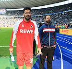 14.04.2018, OLympiastadion, Berlin, GER, 1.FBL, Hertha BSC VS. 1.FC Koeln, im Bild <br /> Claudio Pizarro (1.FC Koeln #39), Cheftrainer STEFAN RUTHENBECK (1.FC Koeln)<br /> <br /> <br />       <br /> Foto &copy; nordphoto / Engler