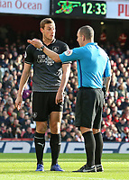 Burnley's Chris Wood argues his case to Referee Kevin Friend<br /> <br /> Photographer David Shipman/CameraSport<br /> <br /> The Premier League - Arsenal v Burnley - Saturday 22nd December 2018 - The Emirates - London<br /> <br /> World Copyright © 2018 CameraSport. All rights reserved. 43 Linden Ave. Countesthorpe. Leicester. England. LE8 5PG - Tel: +44 (0) 116 277 4147 - admin@camerasport.com - www.camerasport.com