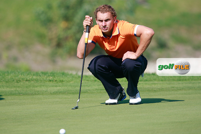 Joost Luiten (NED) lines up his putt on the 1st green during Sunday's Final Round of the Austrian Open presented by Lyoness at the Diamond Country Club, Atzenbrugg, Austria, 25th September 2011 (Photo Eoin Clarke/www.golffile.ie)