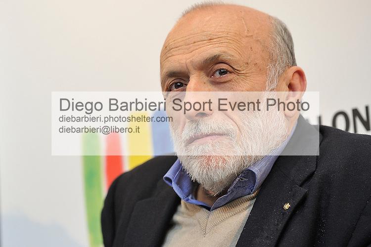 (KIKA) - TORINO - 17/05/2013 A Torino si tiene il 26° Salone del Libro con esposizioni, dibattiti e grandi ospiti, al salone del Lingotto. Carlo Petrini
