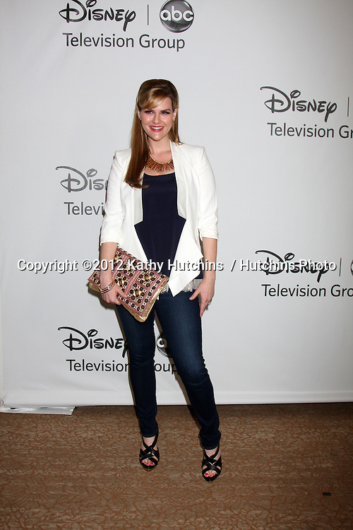 LOS ANGELES - JUL 27:  Sara Rue arrives at the ABC TCA Party Summer 2012 at Beverly Hilton Hotel on July 27, 2012 in Beverly Hills, CA