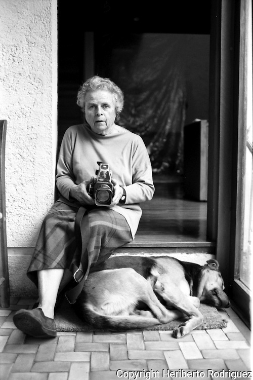 US born photographer Mariana Yampolsky poses for a photoraph in her home in Tlalpan neighborhood in Mexico City, February 3, 1993. Photo by Heriberto Rodriguez