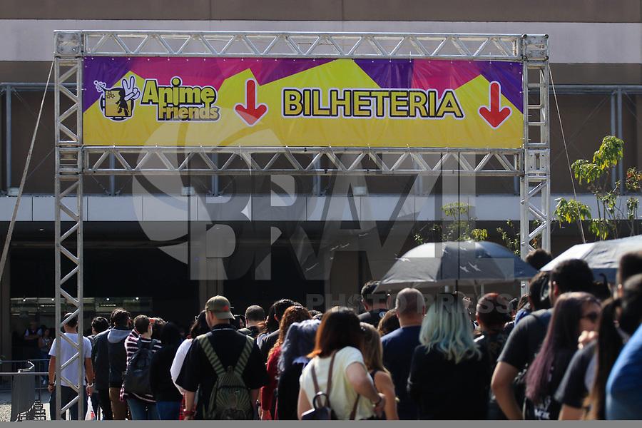 SAO PAULO, SP - 08.07.2017 - ANIME-FRIENDS - Movimentação do público geek vestidos com cosplays durante o maior evento de cultura pop japonesa no Brasil o Anime Friends no Expo Transamérica, zona sul de São Paulo, neste sábado, 08.<br /> <br /> <br /> (Foto: Fabricio Bomjardim / Brazil Photo Press)