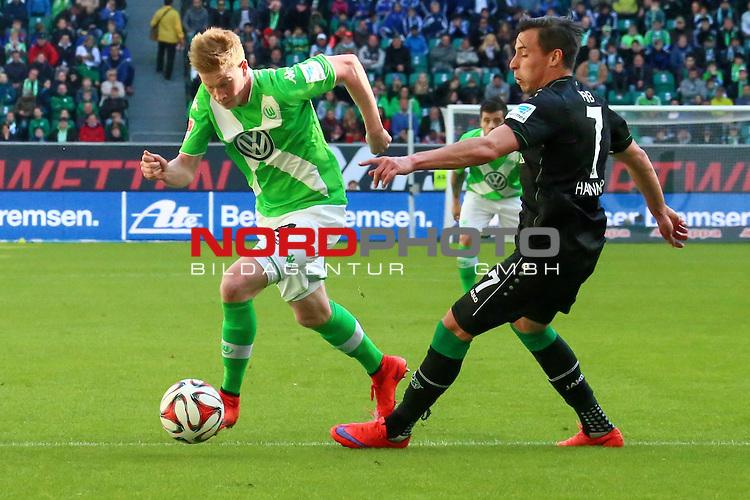 02.052015 Volkswagen Arena, Wolfsburg, GER, 1.FBL, VfL Wolfsburg vs Hannover 96, im Bild <br /> <br /> Kevin De Bruyne #14 gegen Edgar Prib#7<br /> <br /> Foto &copy; nordphoto / Rust