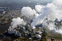 Kraftwerk Moorburg: EUROPA, DEUTSCHLAND, HAMBURG, (EUROPE, GERMANY), 29.10.2019: Standort des Kraftwerk Moorburg an der Suederelbe. Das Kohlekraftwerk Moorburg  ist ein  Kohlekraftwerk im Hamburger Stadtteil Moorburg. Das Kraftwerk entsteht am Standort des 2004 abgerissenen Gaskraftwerkes Moorburg.<br /> Baubeginn fuer das neue Kraftwerk mit zwei steinkohlebefeuerten Bloecken mit jeweils 865 MW elektrischer Nennleistung war im Oktober 2007. Eine Auskopplung von maximal 650 MW Fernwarrme wird die Erzeugung des ausser Betrieb gehenden Heizkraftwerks Wedel ersetzen und darueber hinaus einen weiteren Ausbau der Fernwaermeversorgung im Sueden Hamburgs ermoeglichen. Im September 2006 gab der Aufsichtsrat von Vattenfall Europe die interne Genehmigung zum Bau des Kraftwerks. Dieses wird nach Vattenfall-Angaben rund 2,6 Mrd. Euro kosten.